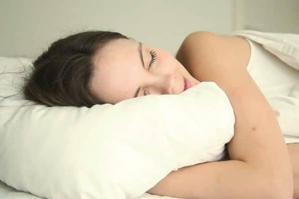 Improves the sleep quality