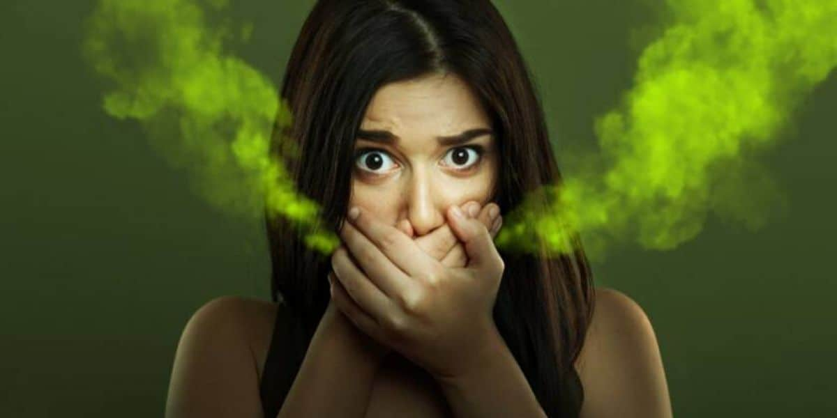 Does giving a blowjob help to reduce bad breath?