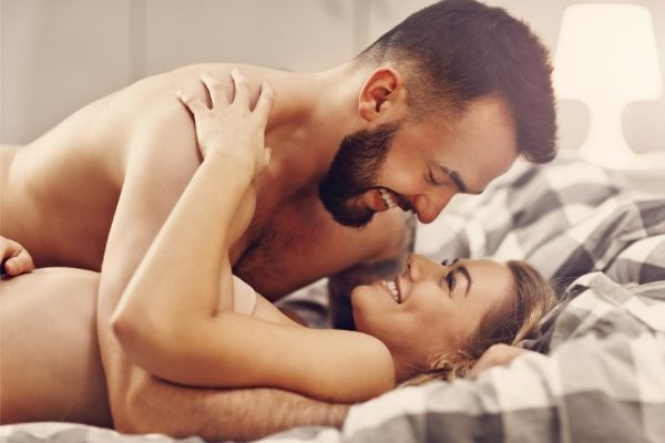 7 Best position for your partner that helps them to watch you during a blowjob 4